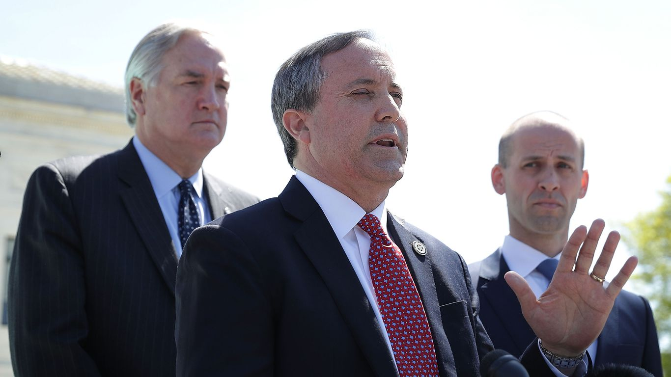 Texas attorney general sues Biden administration over deportation freeze thumbnail