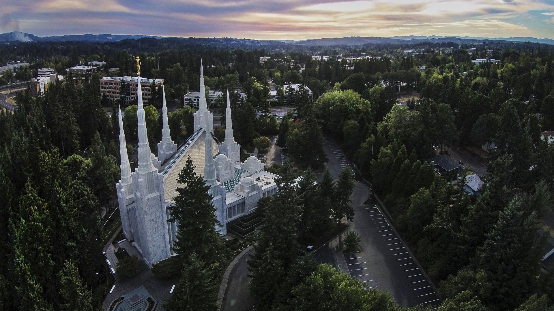 A mormon church in Oregon