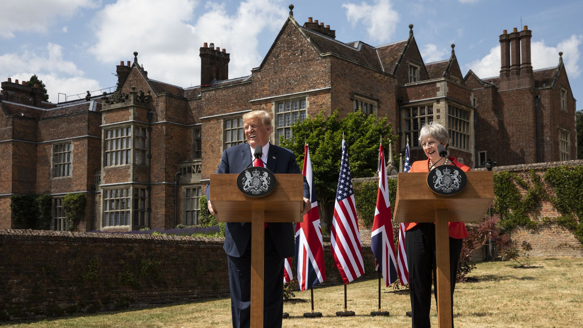 Trump and Theresa May press conference at Chequers