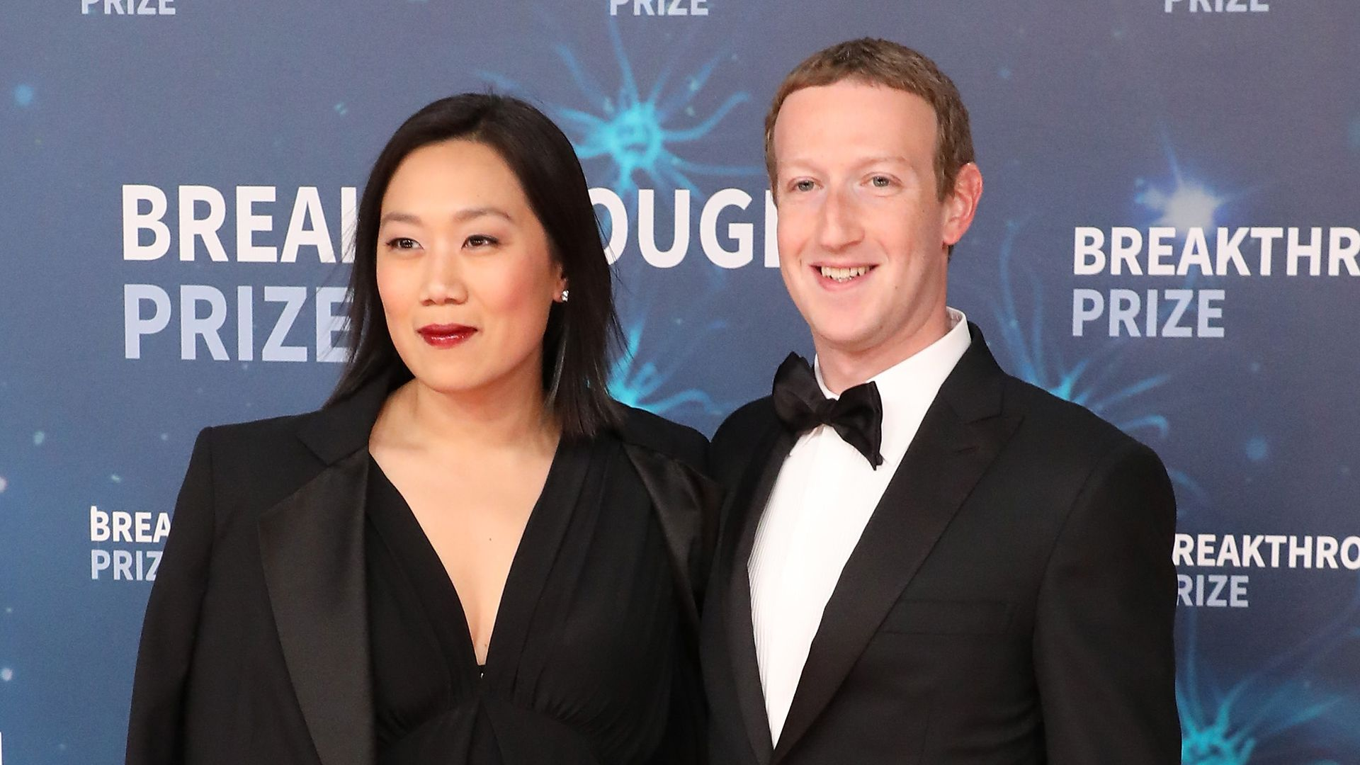 Priscilla Chan and Mark Zuckerberg attend the 2020 Breakthrough Prize Ceremony at NASA Ames Research Center on November 03, 2019 in Mountain View, California