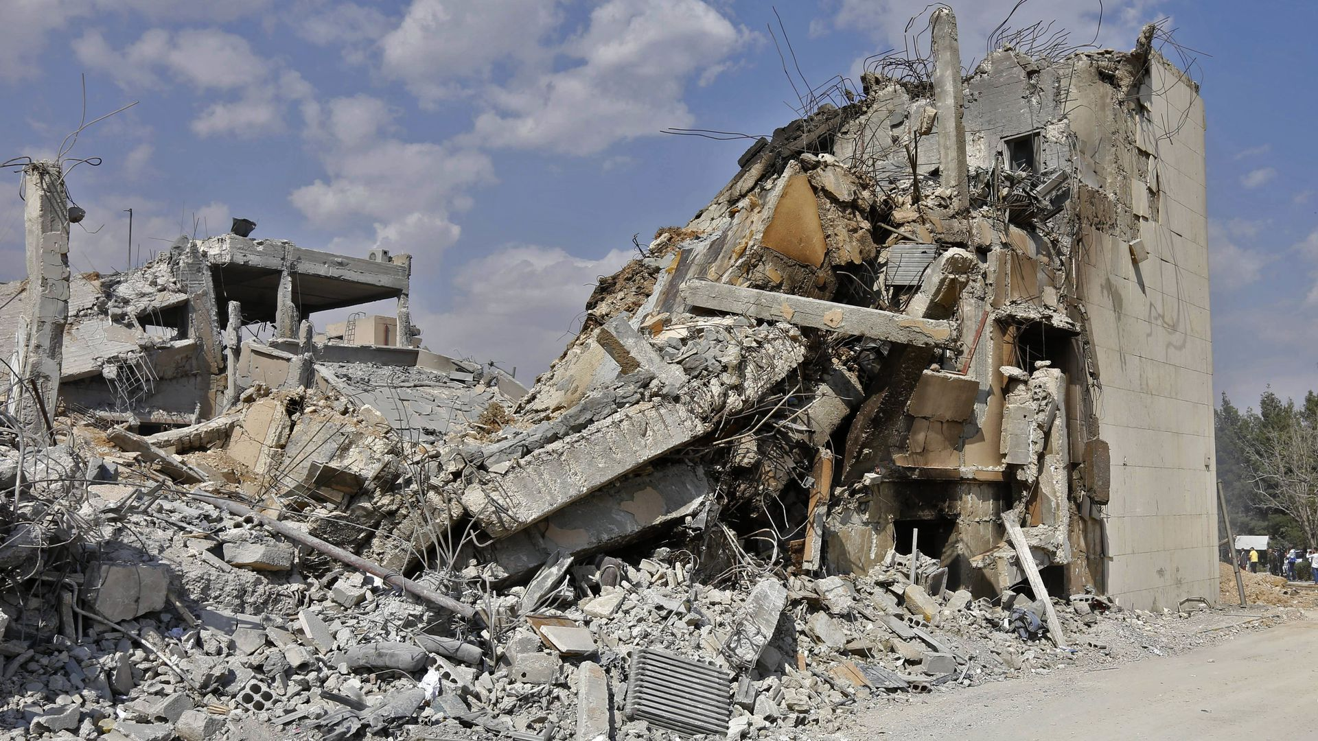 building rubble in Damascus