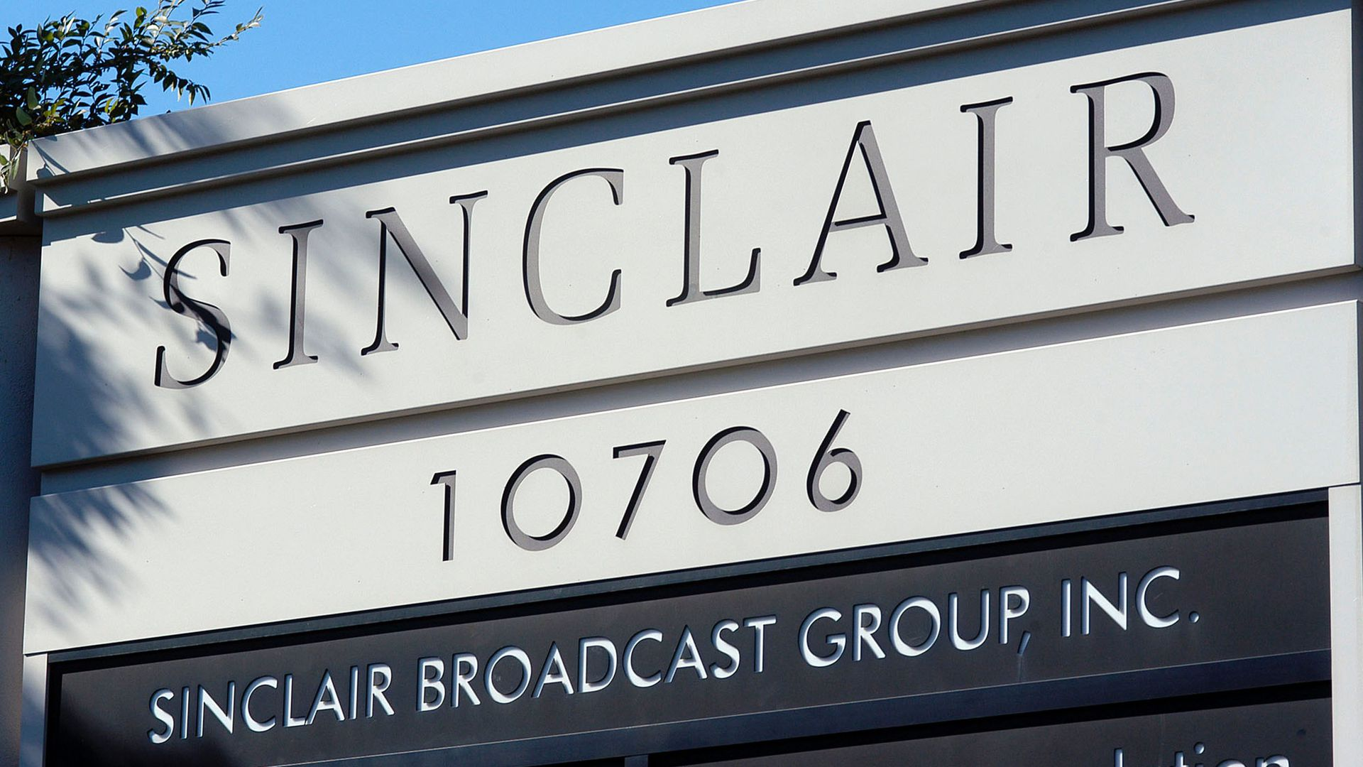 Sinclair broadcast group sign.