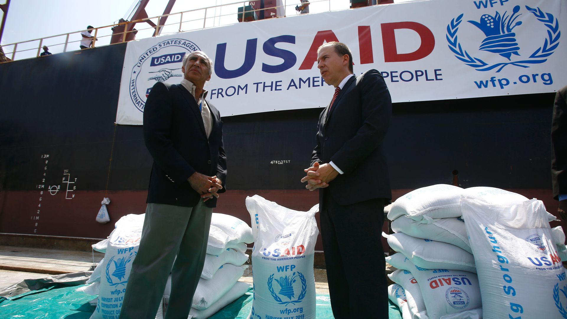 U.S. officials preside over delivery of food aid in Sudan