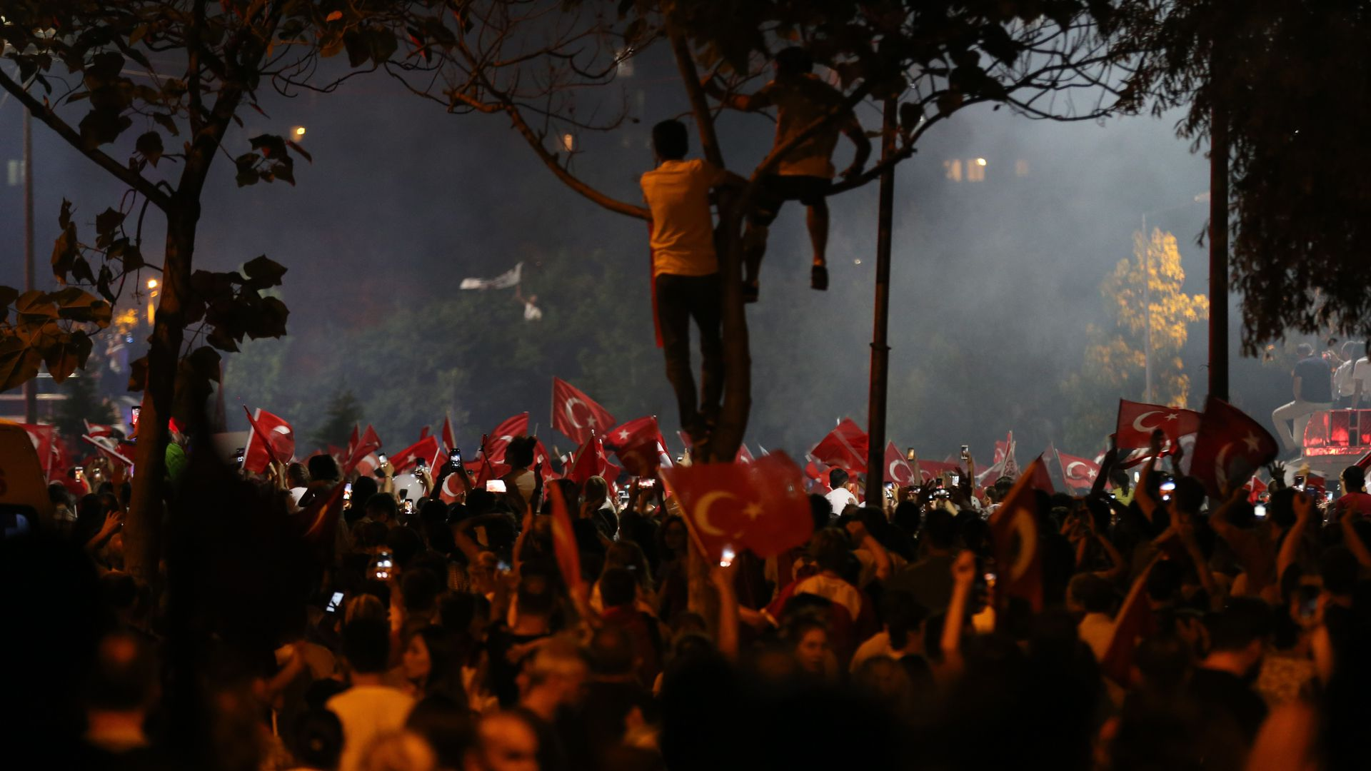 Istanbul election: Erdogan looks vulnerable after shock defeat