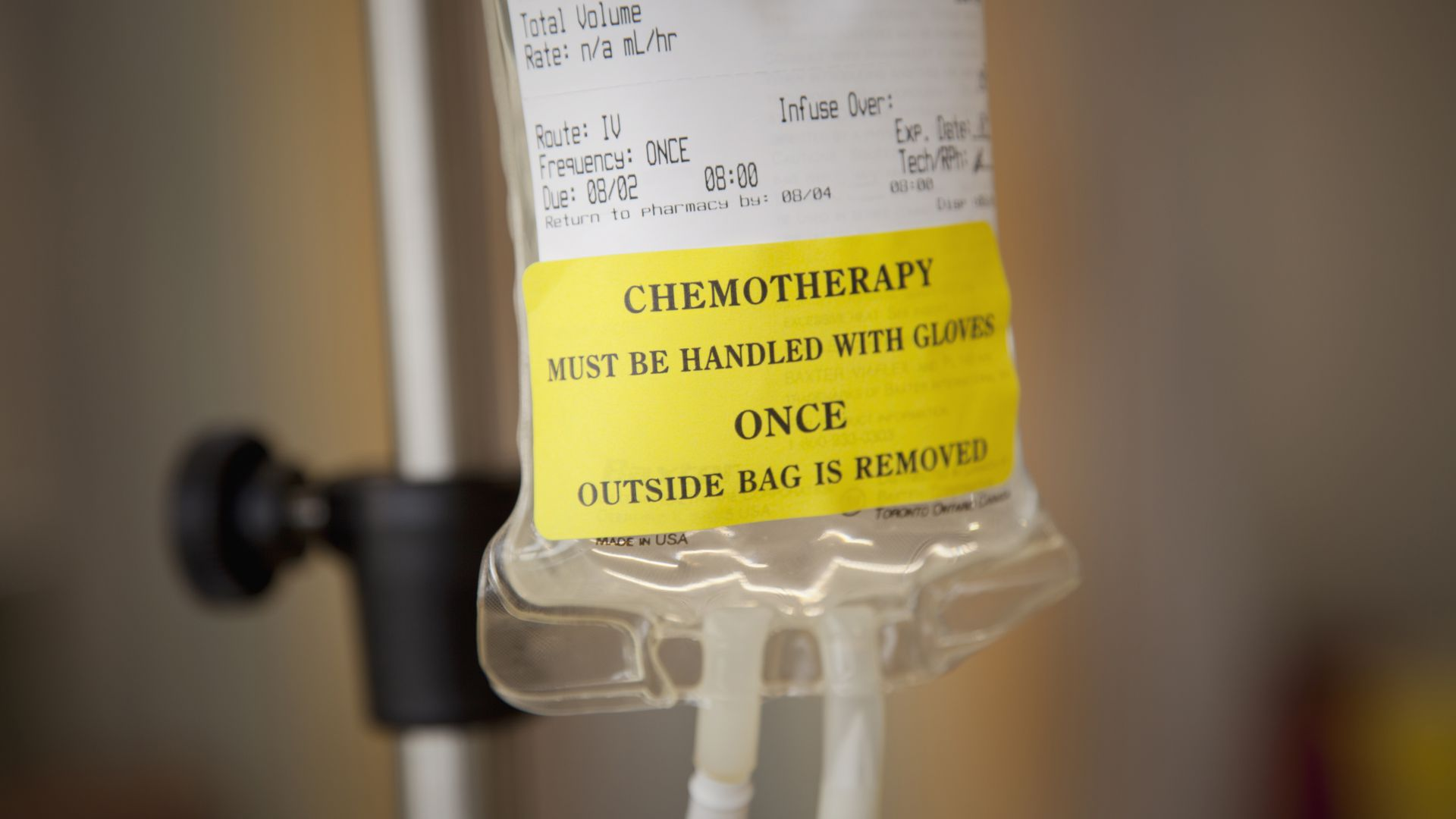 Cancer chemotherapy bag