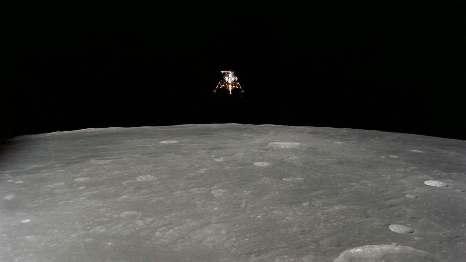 The Apollo 12 lunar landing descending to the surface of the moon. Photo: NASA/JSC