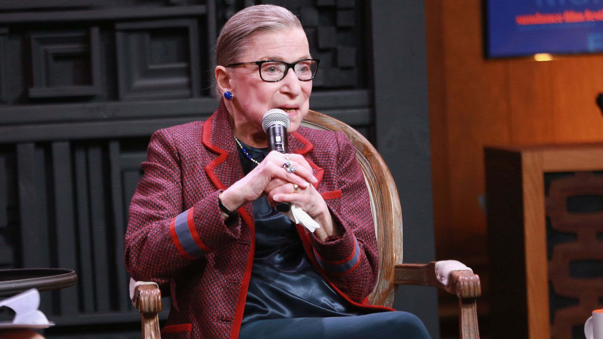 "Ginsburg: Sexism ""played a prominent part"" in Clinton's loss"