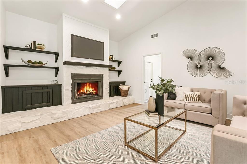 3808 Woodroffe Court living room