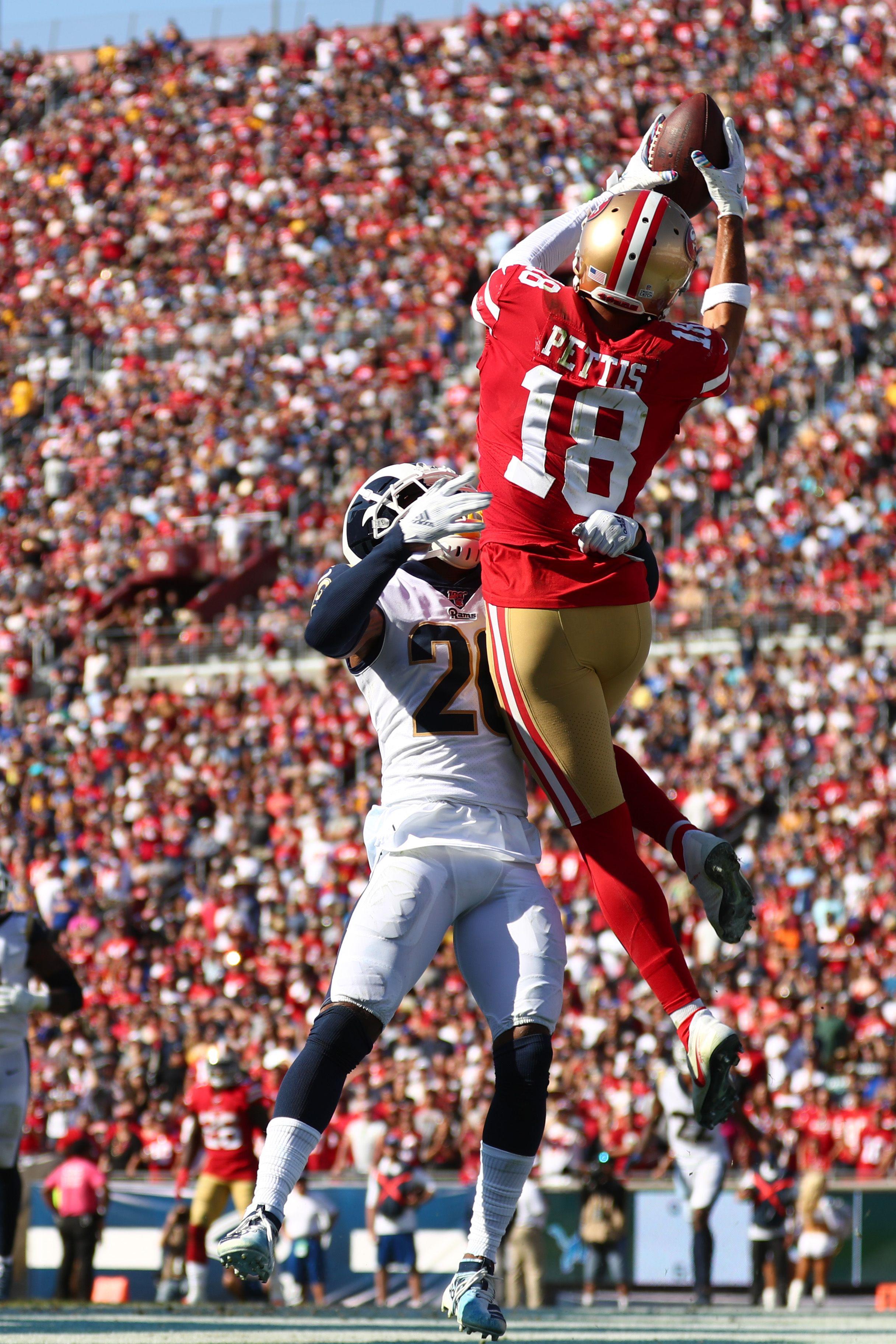 Dante Pettis makes a catch