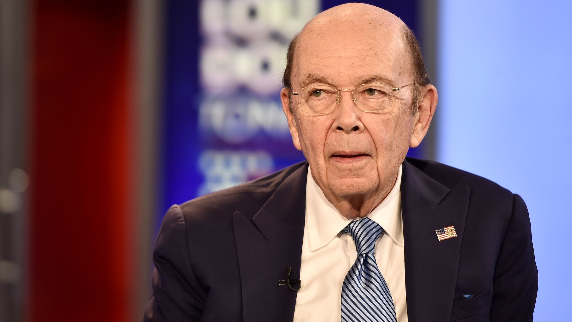 "Wilbur Ross doesn't ""understand"" why federal workers need food banks"