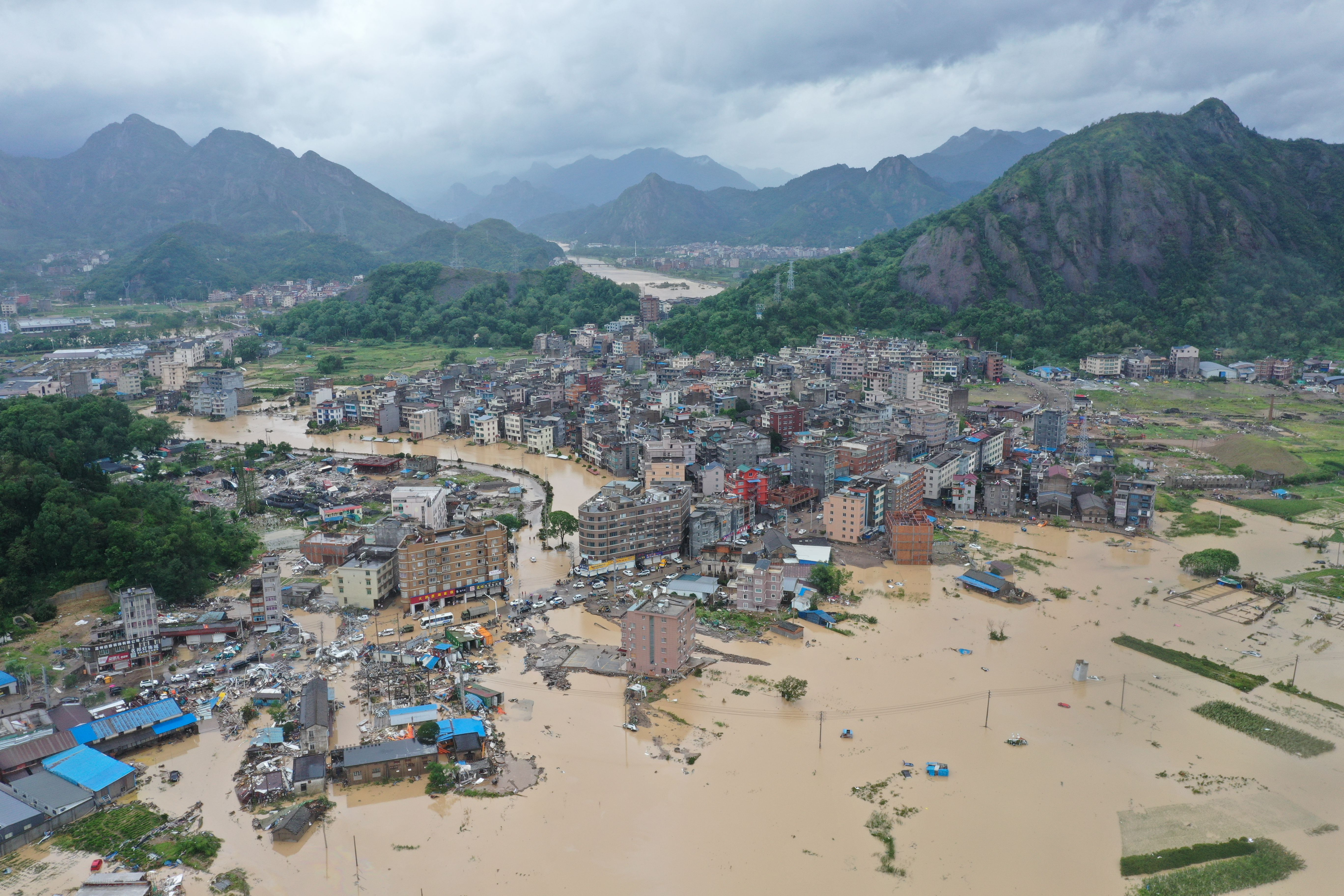 In photos: Deadly Typhoon Lekima forces 1 million people to evacuate in China