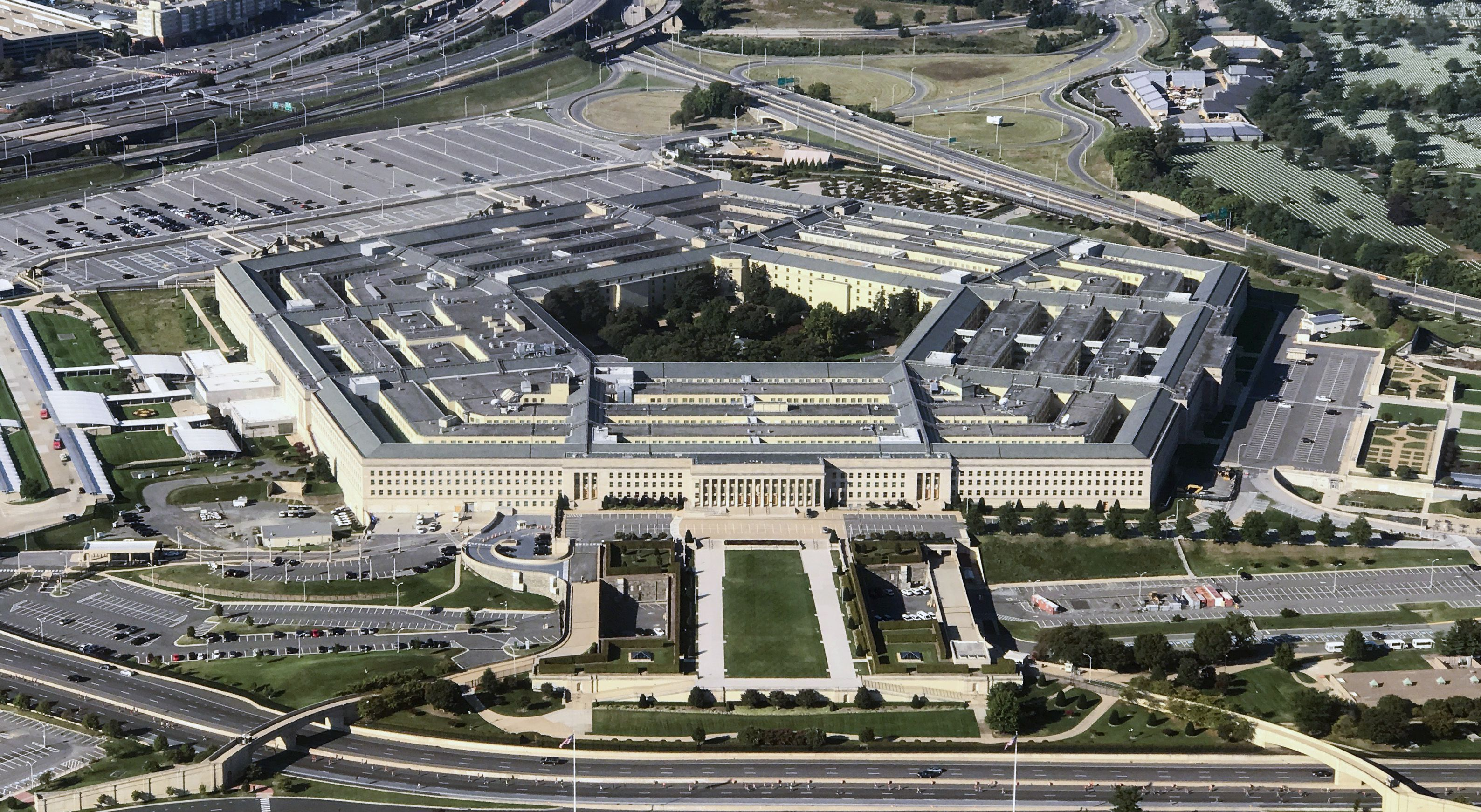 Pentagon chief of staff Kevin Sweeney resigns - Axios