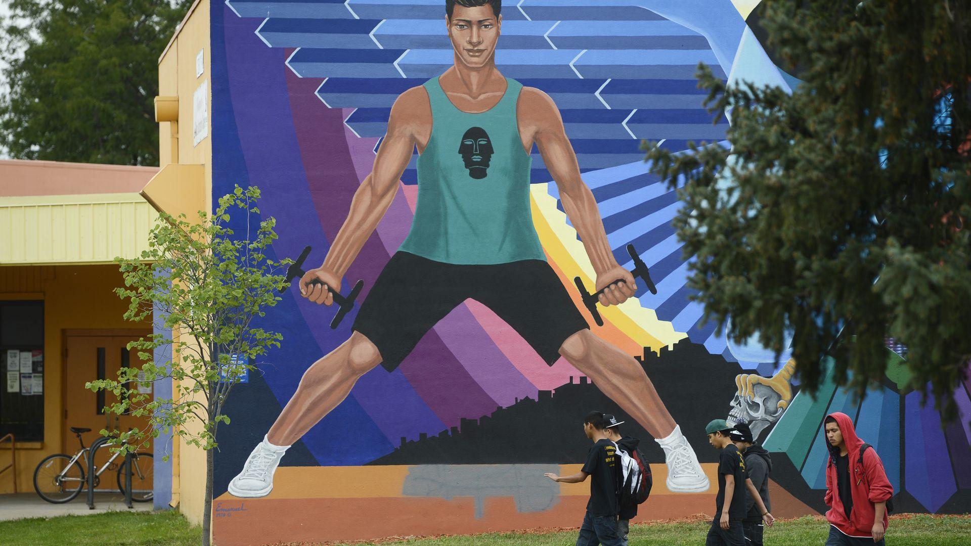 A mural on the La Alma Recreation Center