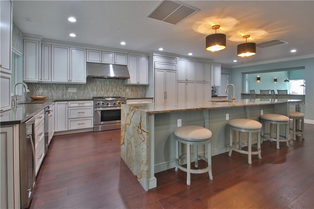 1710 Point Pleasant Ave W kitchen