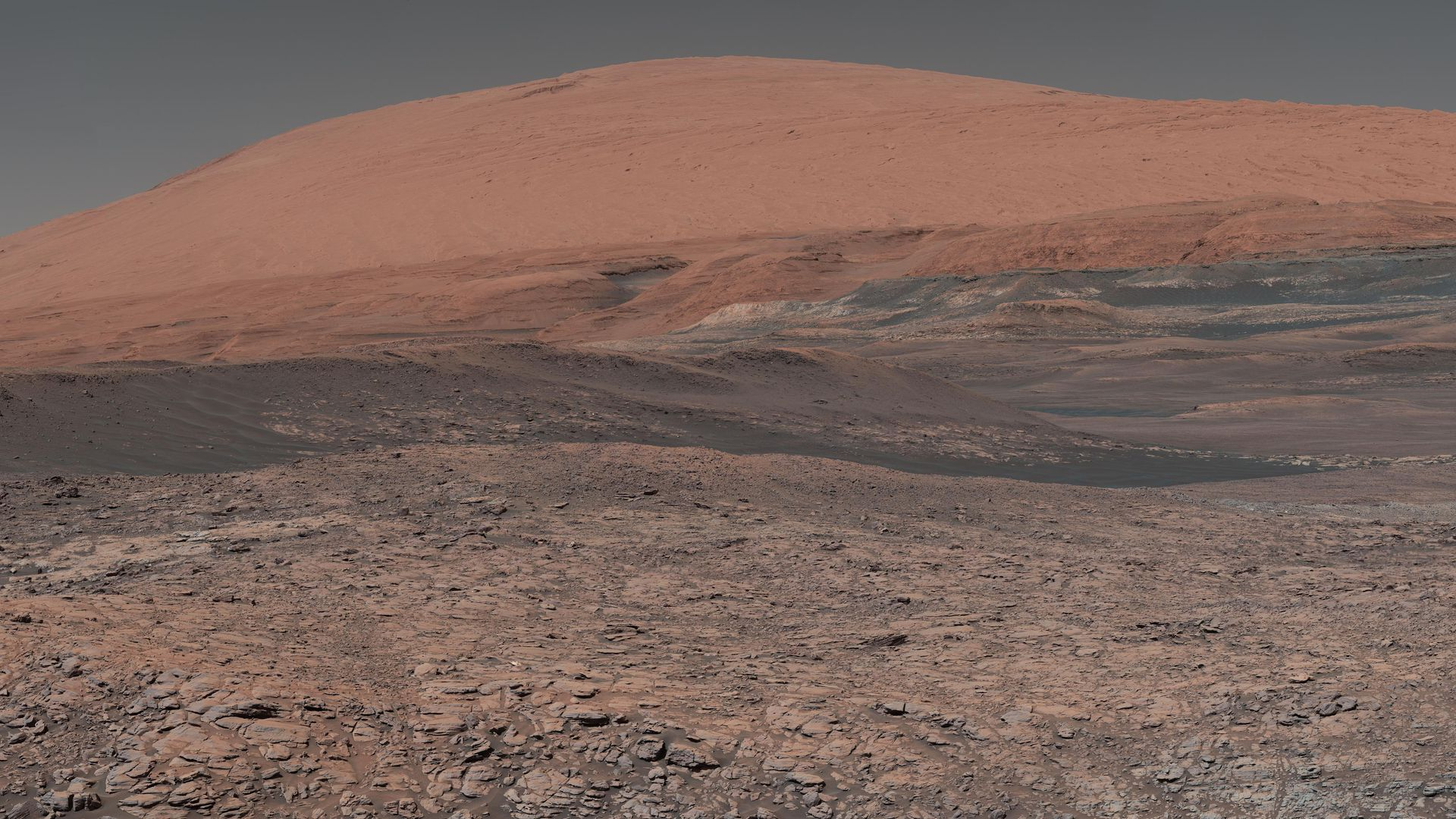 A mosaic image of Mars' Mount Sharp, taken by the Mars Curiosity rover in January 2018.