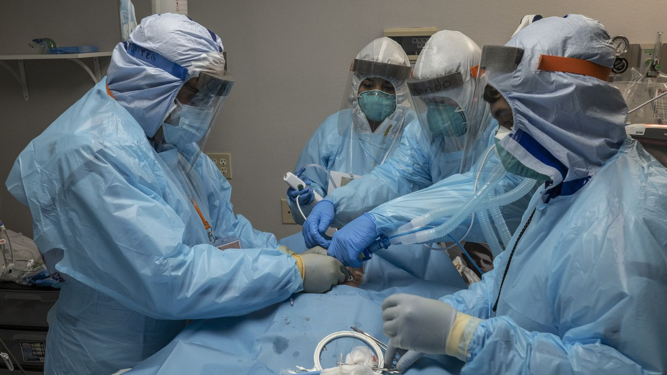 CDC panel: COVID vaccines should go to health workers, long-term care residents first thumbnail