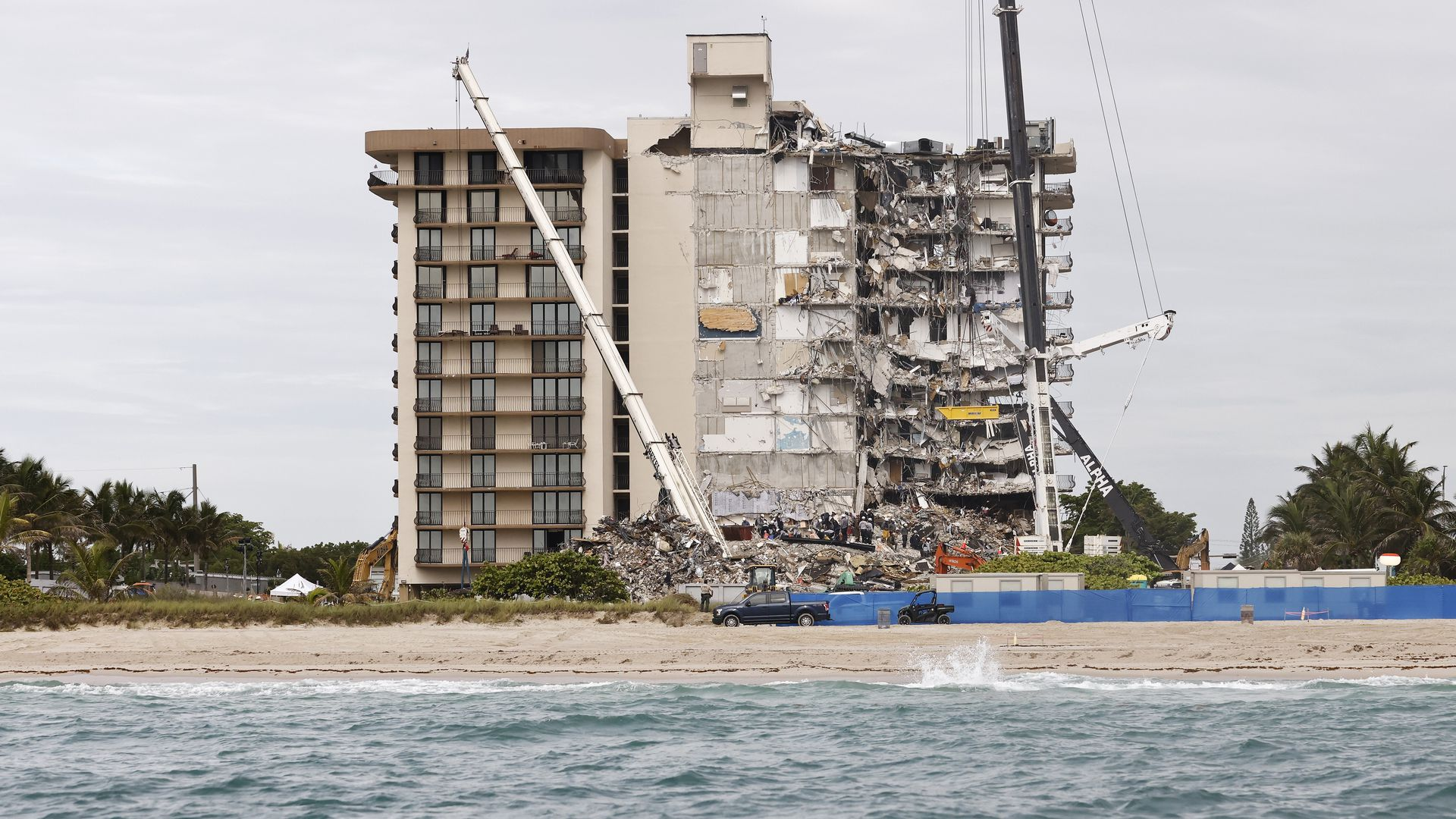 Theories emerge in early stages of investigation into Surfside condo collapse