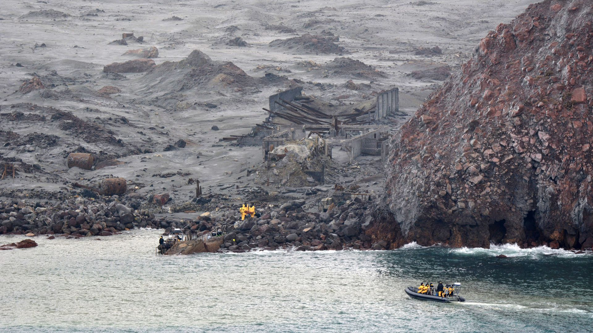 the New Zealand Defence Force, recovery operation at Whakaari/White Island on December 13