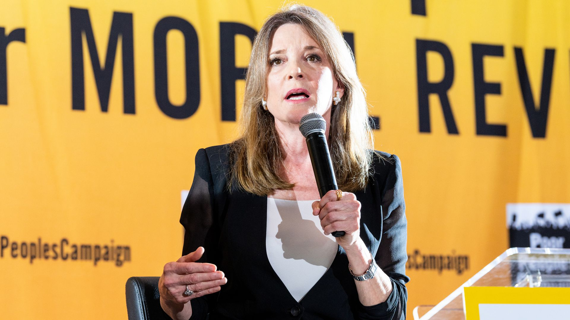 Trump Appears To Abandon Vaccine >> 2020 Candidate Marianne Williamson Apologizes For Vaccine Comments