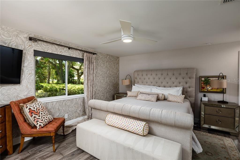 1100 Brightwaters Blvd Ne bedroom