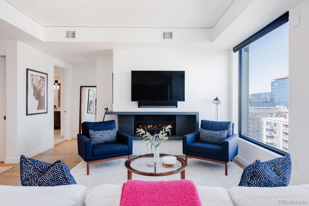 1750 Wewatta St. #1729  living room