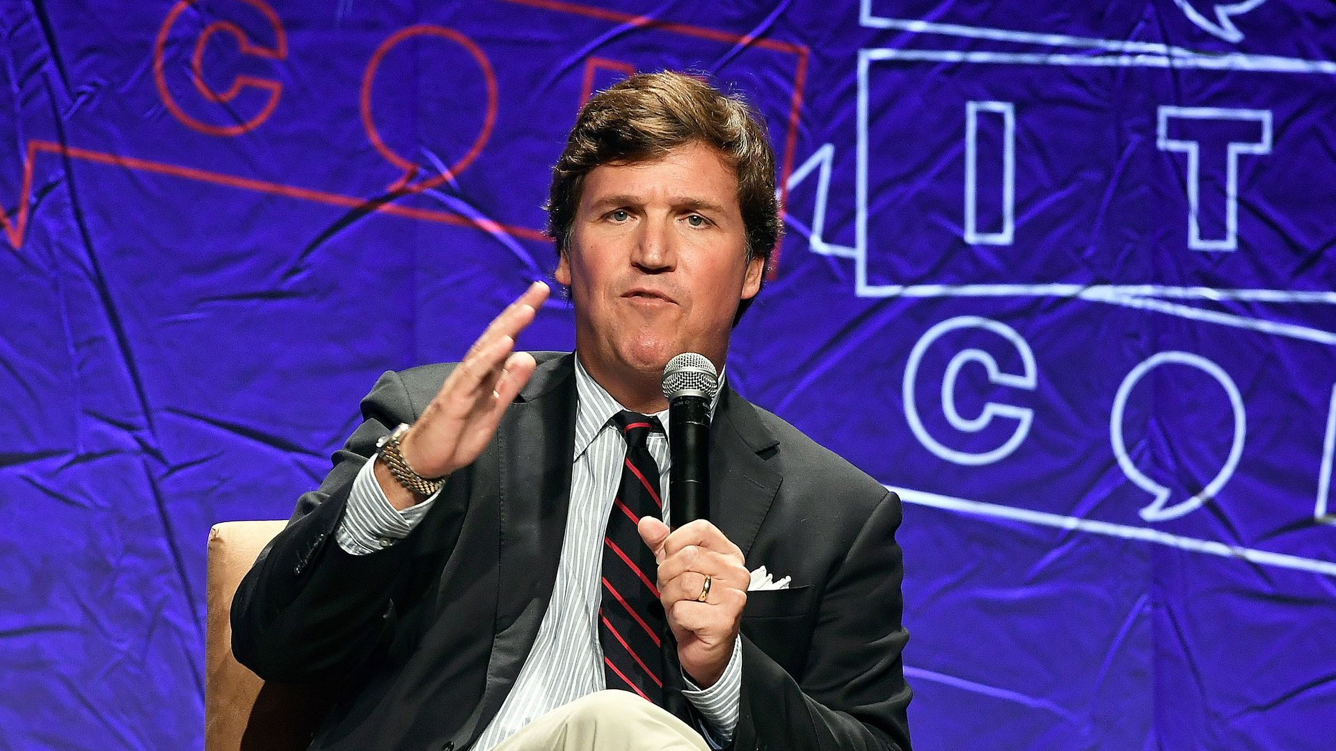 Tucker Carlson hasn't apologized for his past remarks on women.