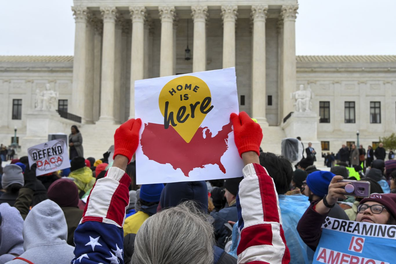Supreme Court rules Trump administration illegally ended DACA thumbnail