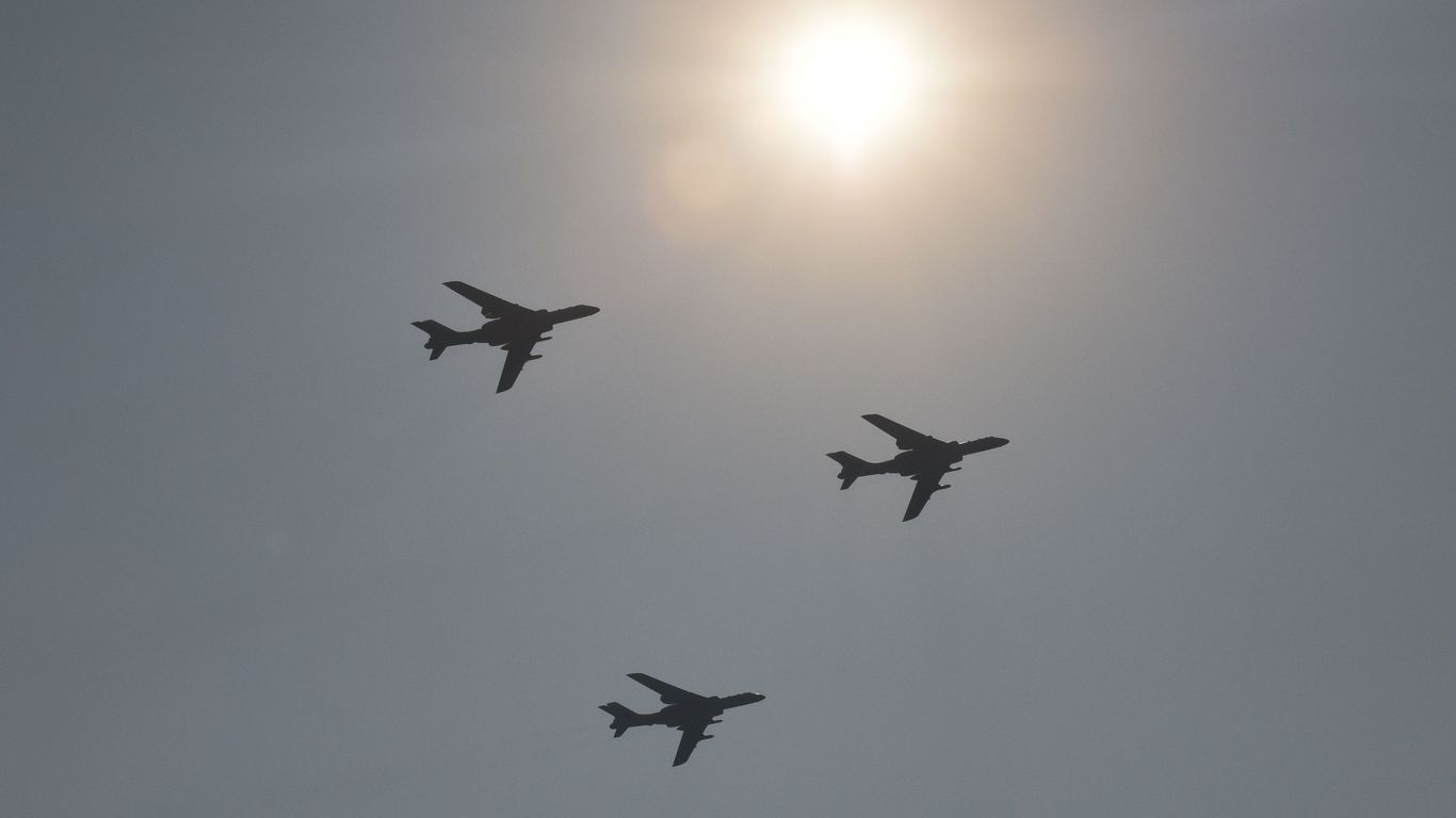 China flies at least 20 war planes in Taiwan airspace... thumbnail