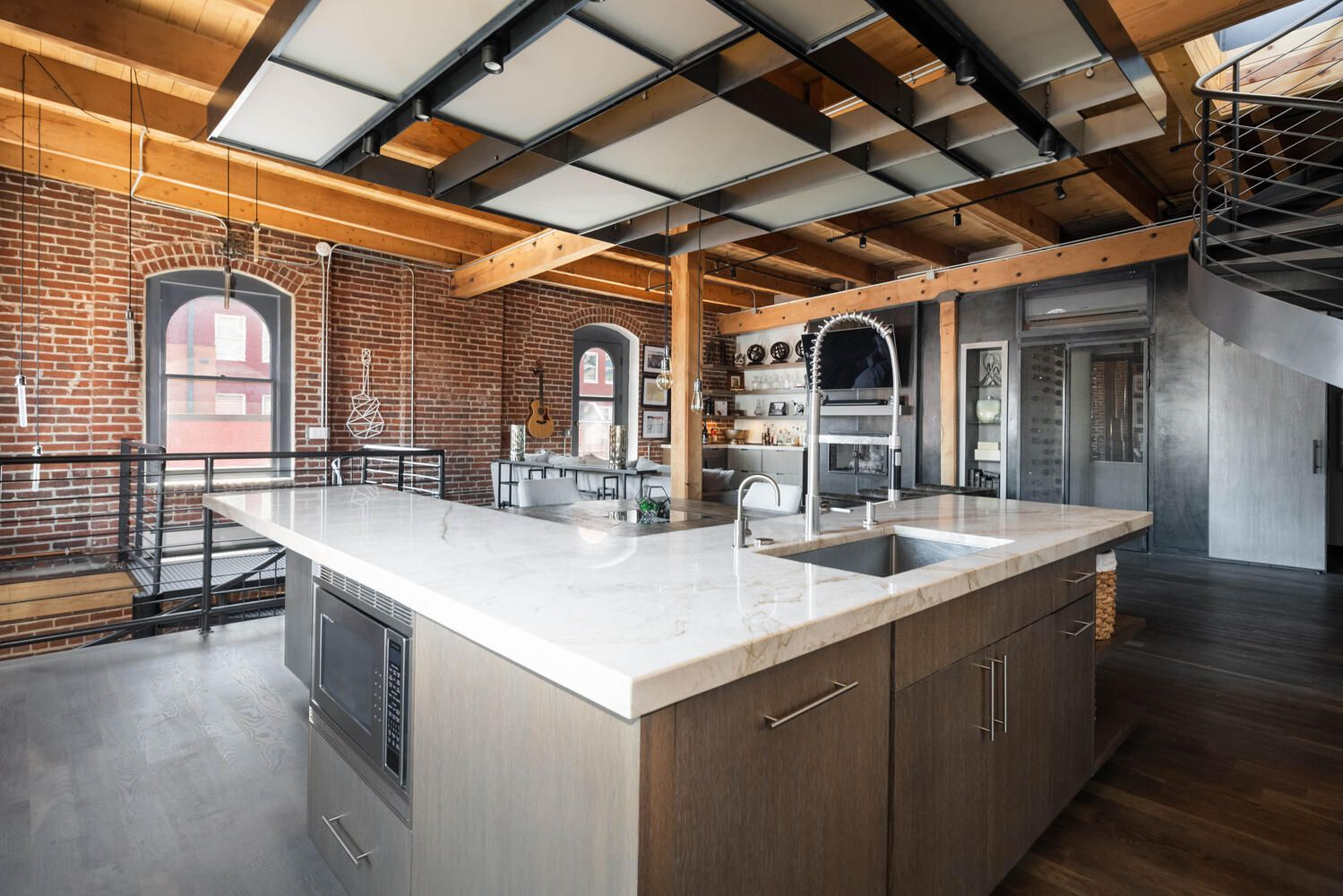 1792 Wynkoop St #501 kitchen island
