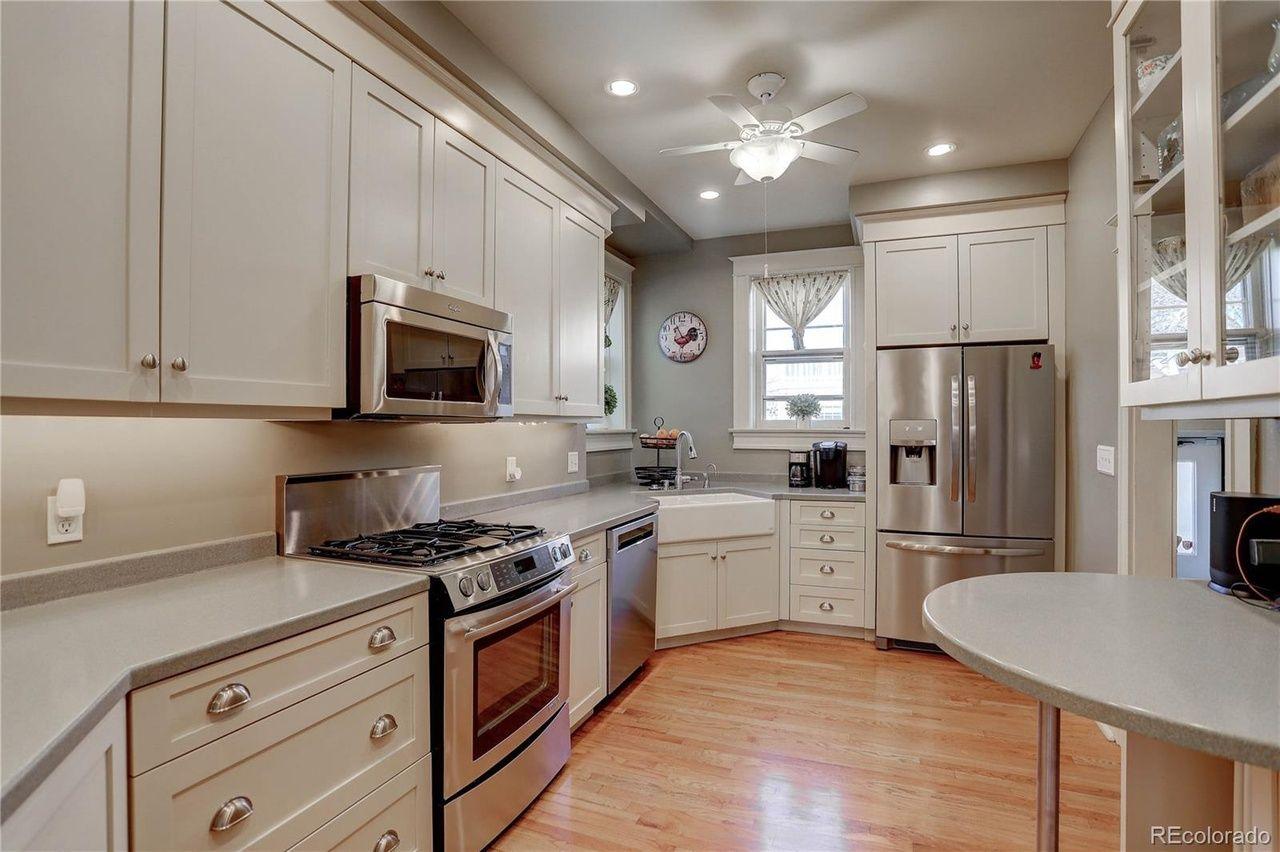 1205 Oneida St.  kitchen