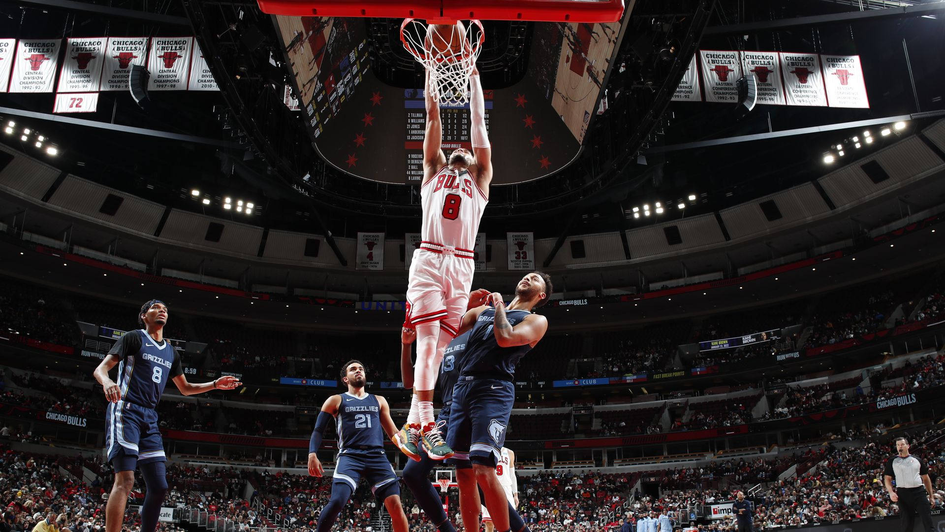 Zach Lavine dunks a basketball.