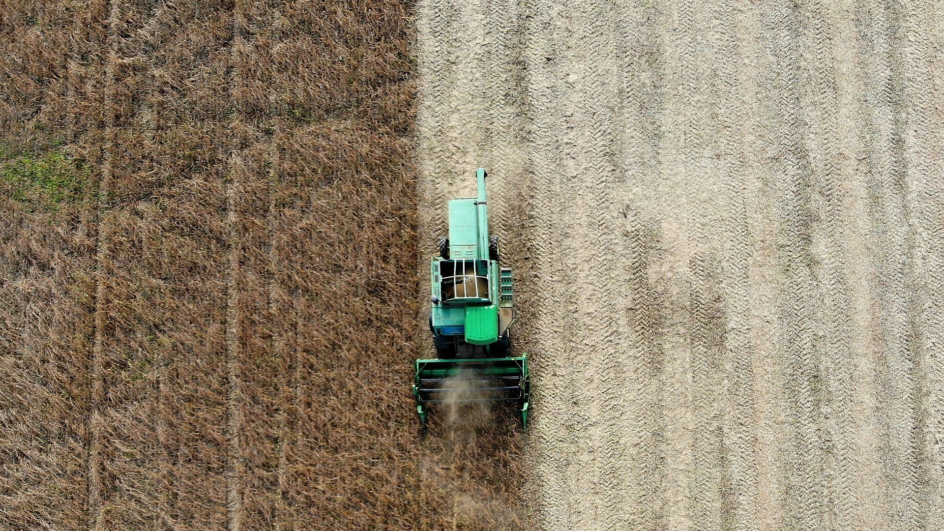 John Deere truck seen from above.