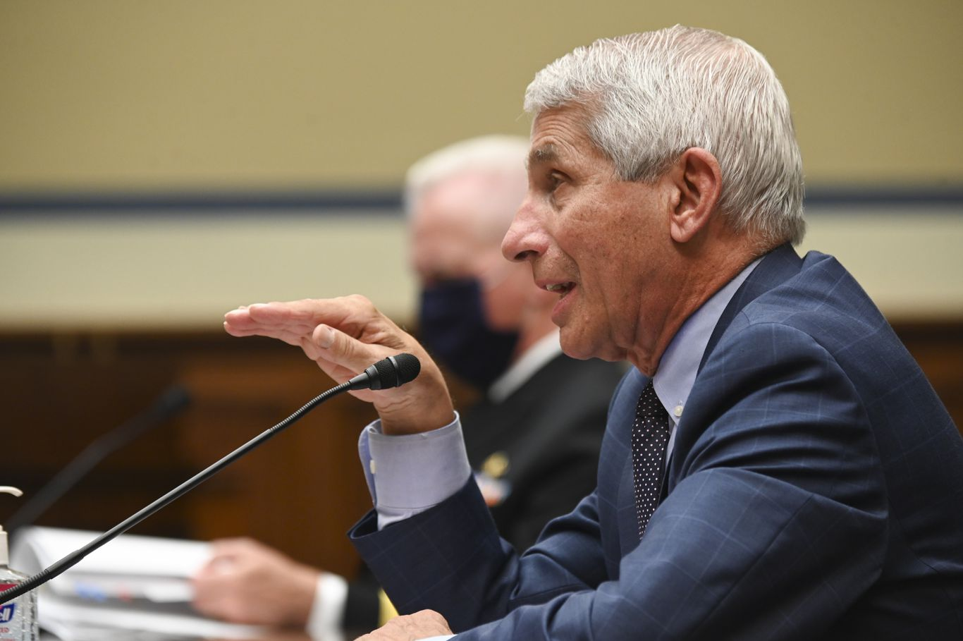 """Fauci believes normalcy will return by """"the end of 2021"""" with coronavirus vaccine thumbnail"""
