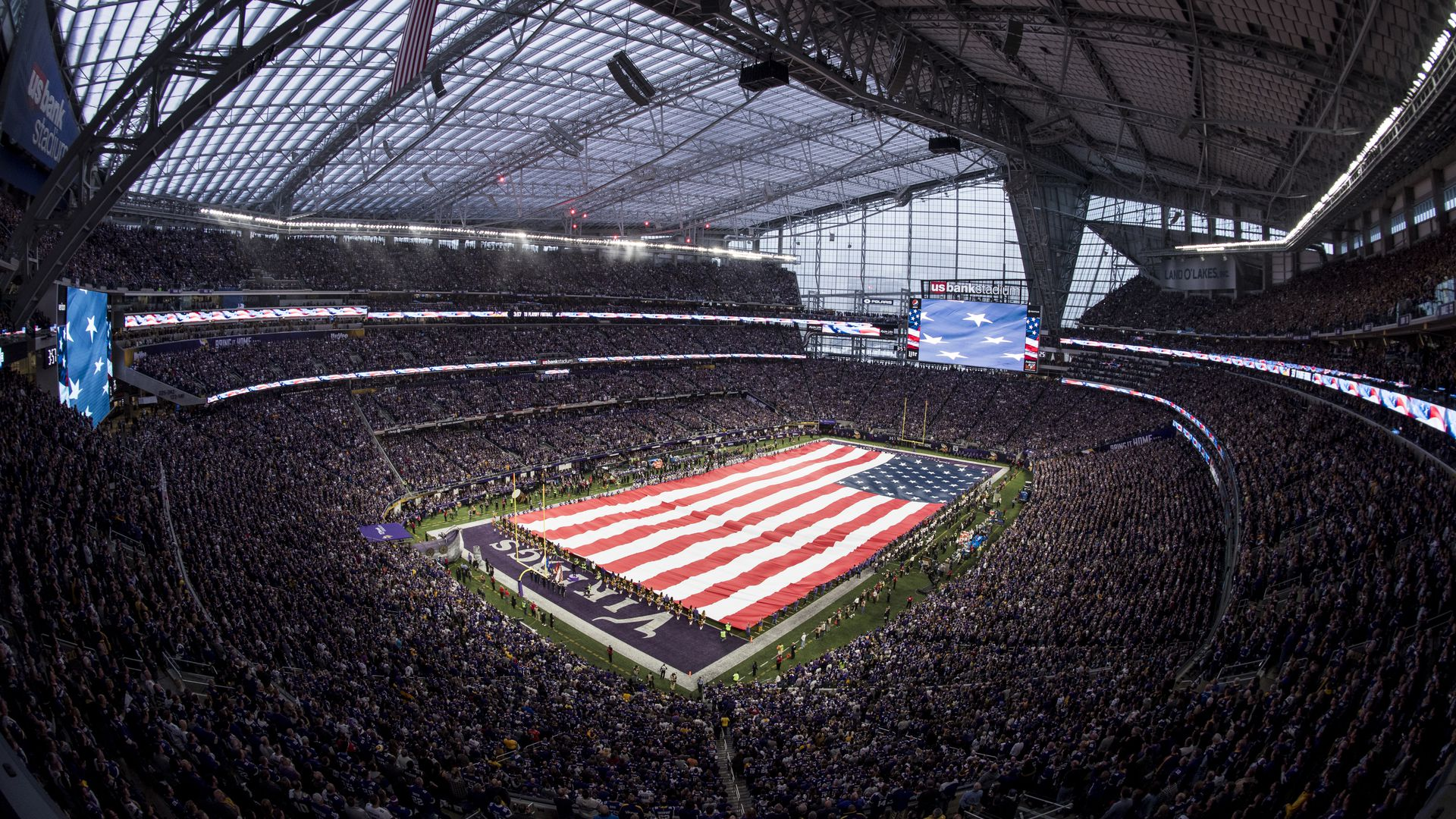 The American flag unfurled at last week's Vikings game