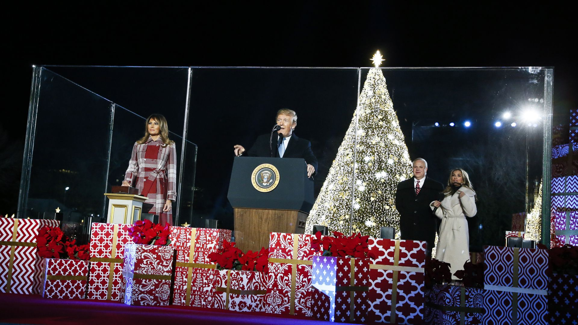 Trump at Christmas ceremony