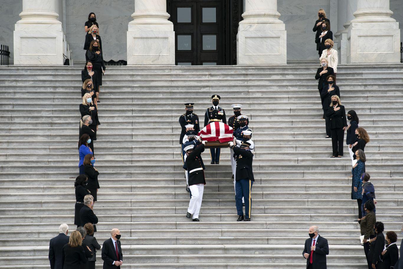 In photos: Ruth Bader Ginsburg lies in state at Capitol thumbnail