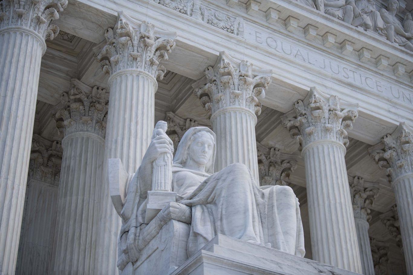 Supreme Court allows Trump administration to halt Census count thumbnail