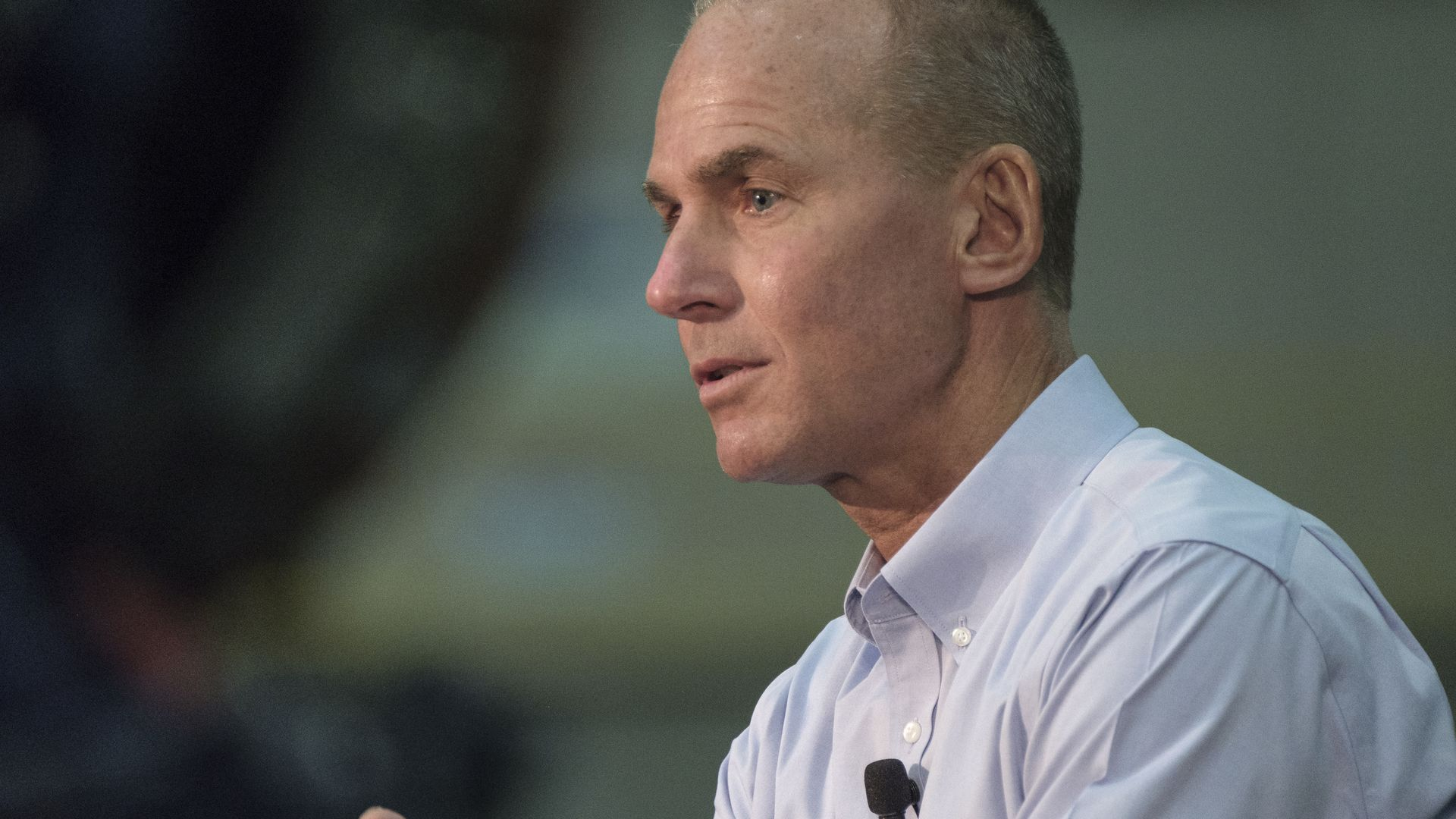 Boeing's CEO issues apology, acknowledges responsibility - Axios