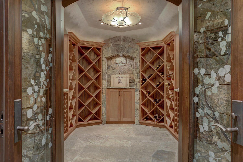 33 Iron Mask Road wine room