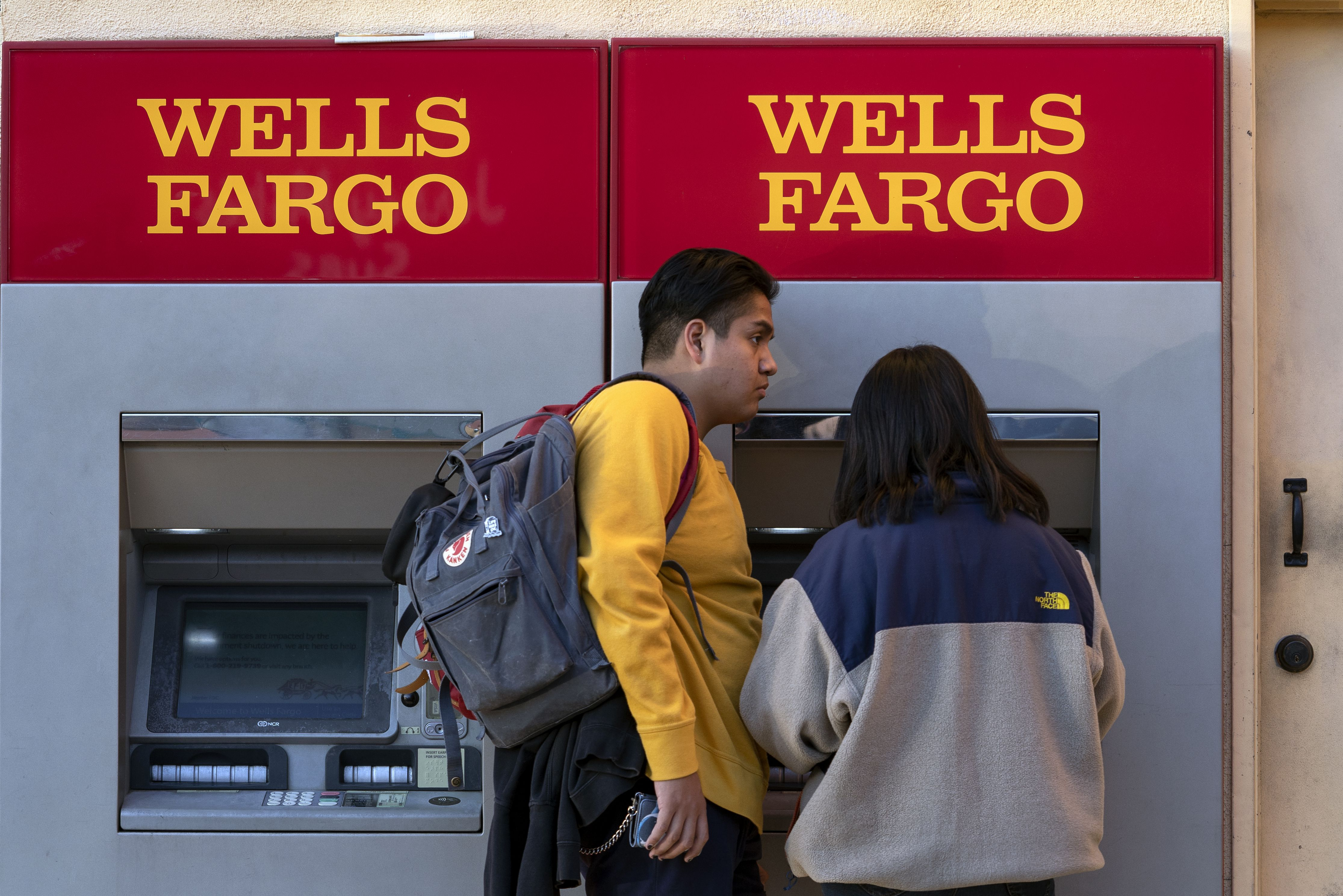 Wells Fargo agrees to pay $3 billion to settle consumer abuse charges - Axios