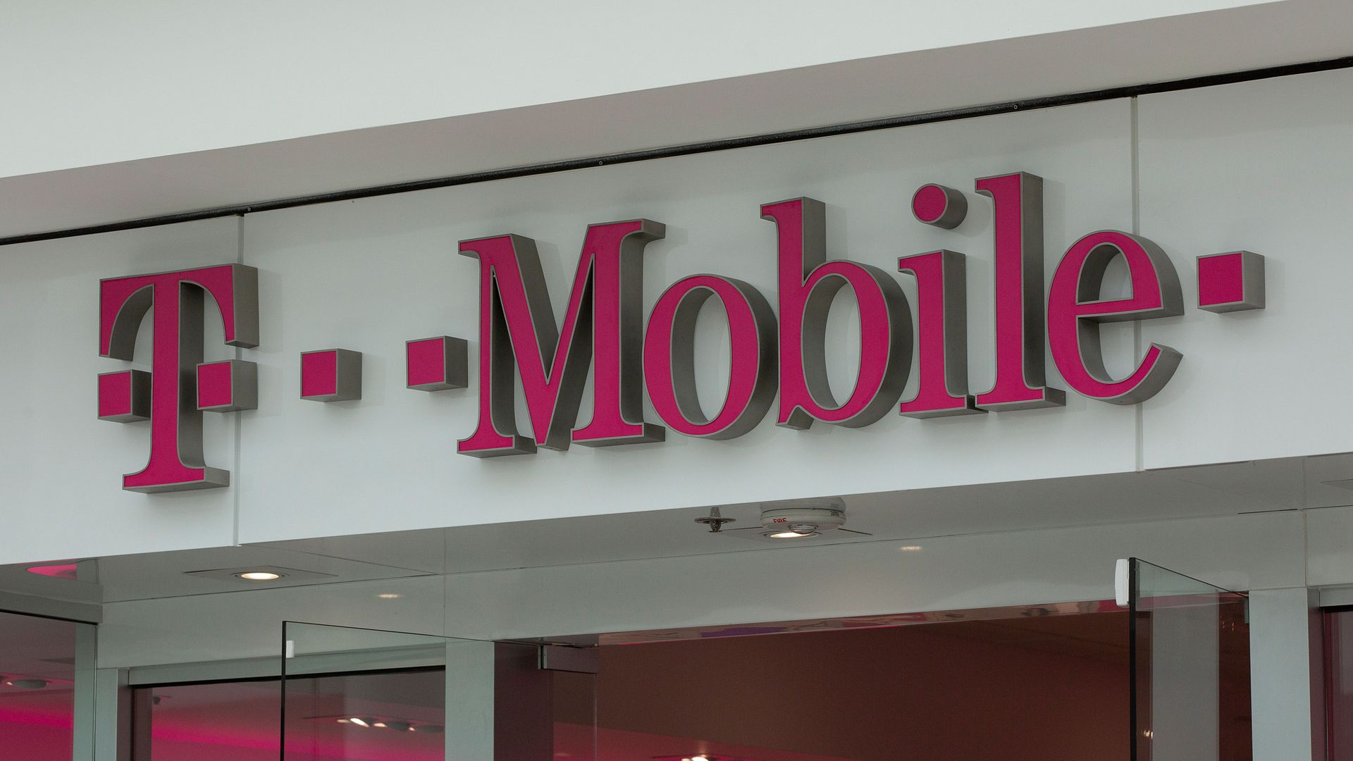 The front entrance of a T-Mobile store.