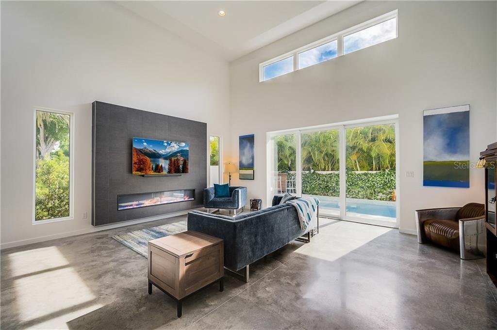 1705 S. School Ave. living room