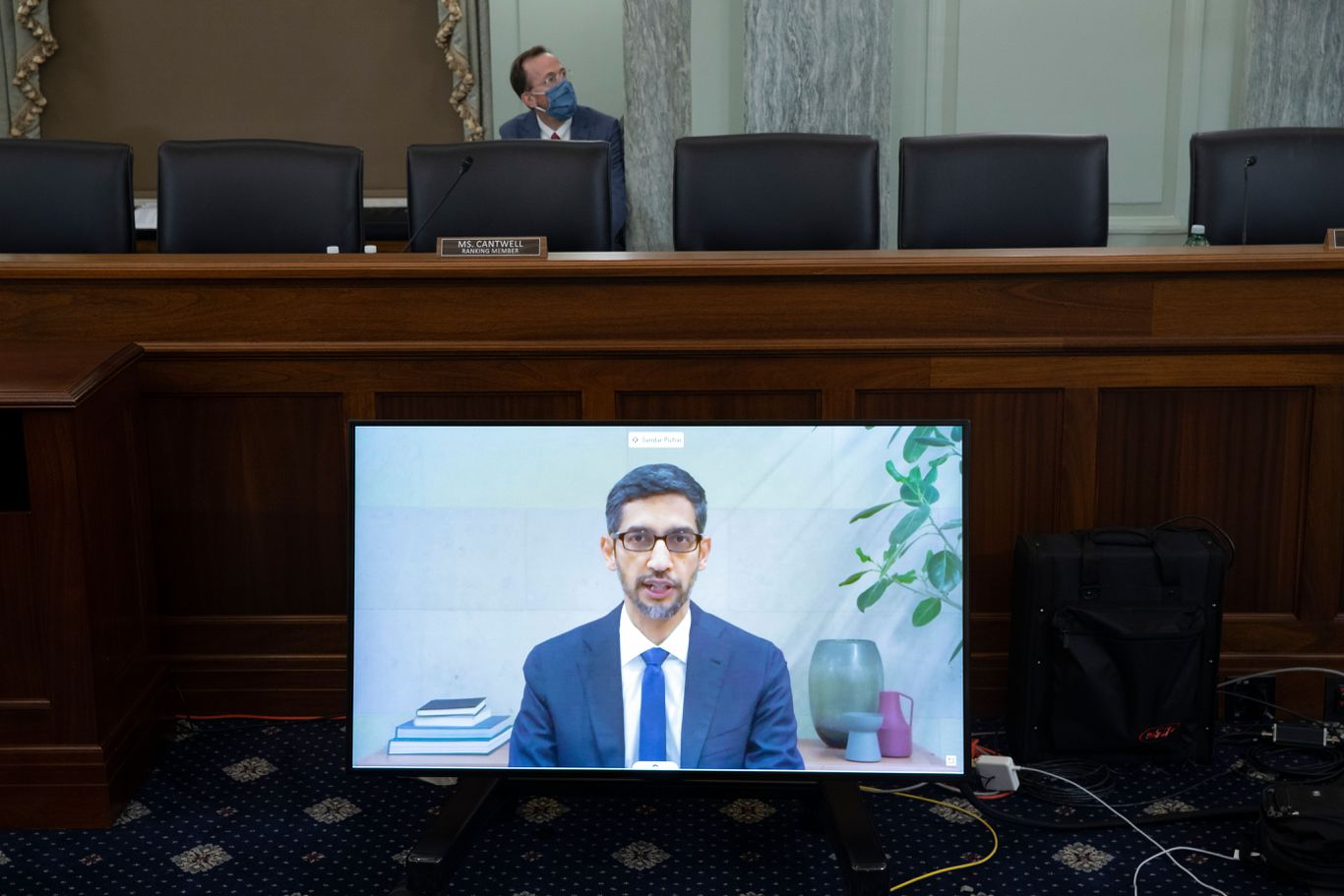 Parties trade election influence accusations at Big Tech hearing thumbnail