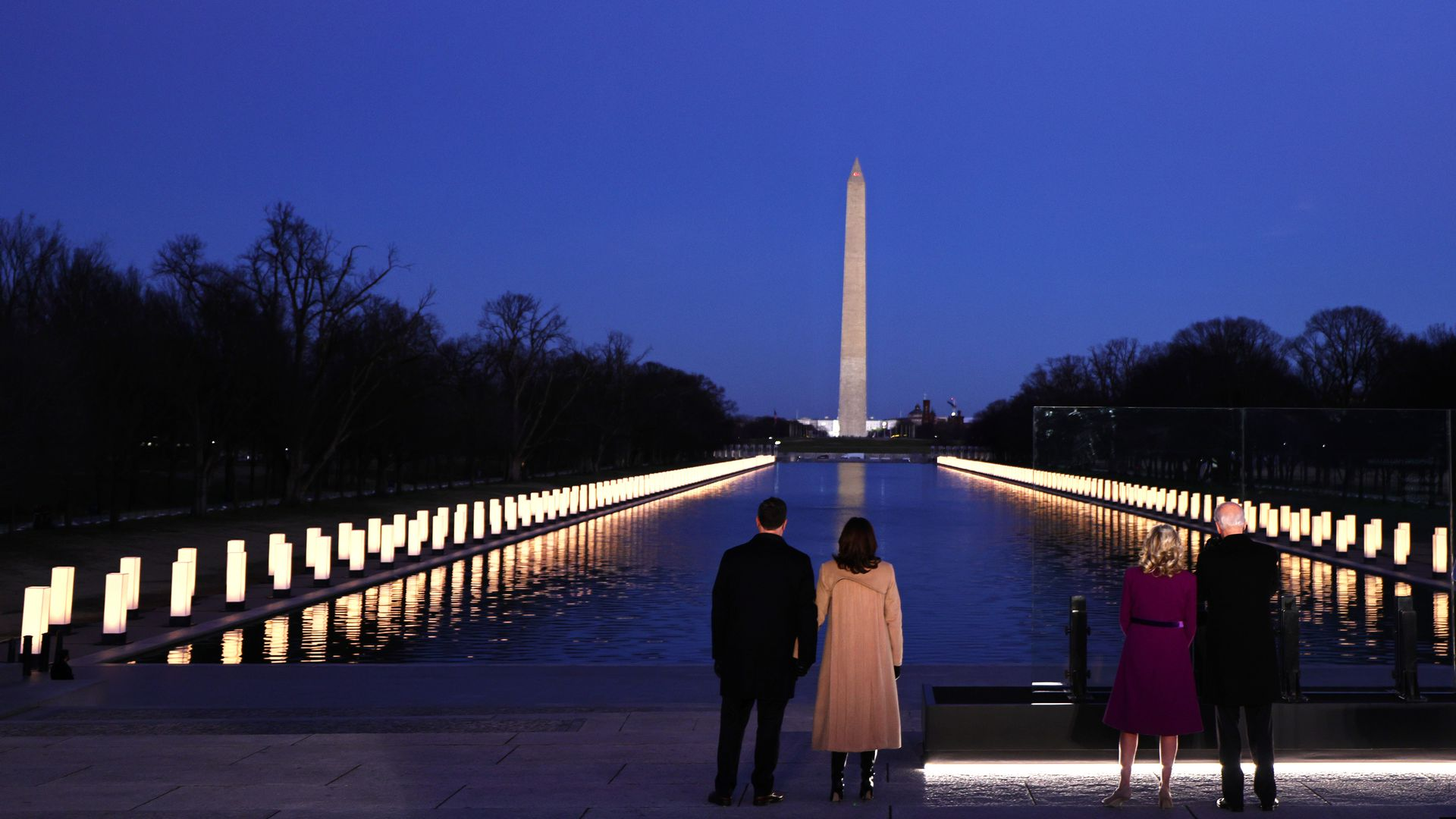 U.S. cities light up for COVID-19 victims in Biden-led memorial — photos -  Axios