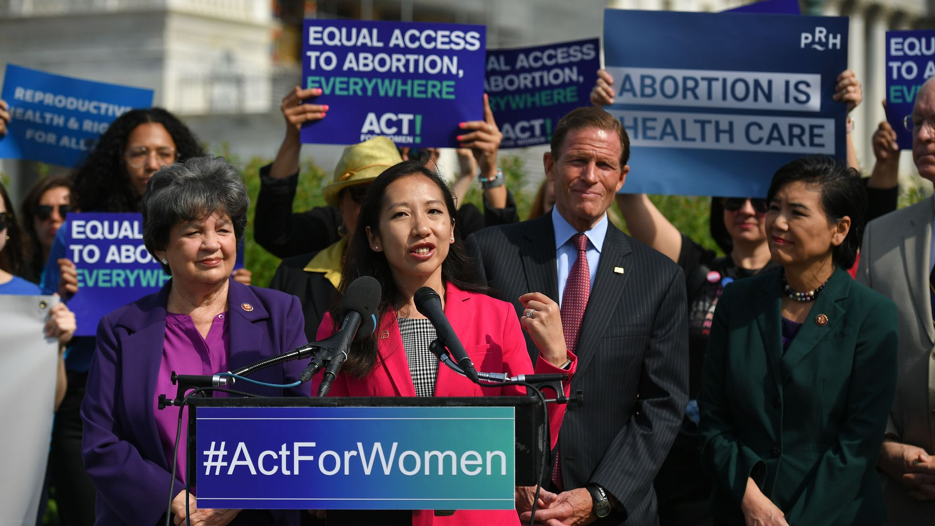 Planned Parenthood ousts president Leana Wen