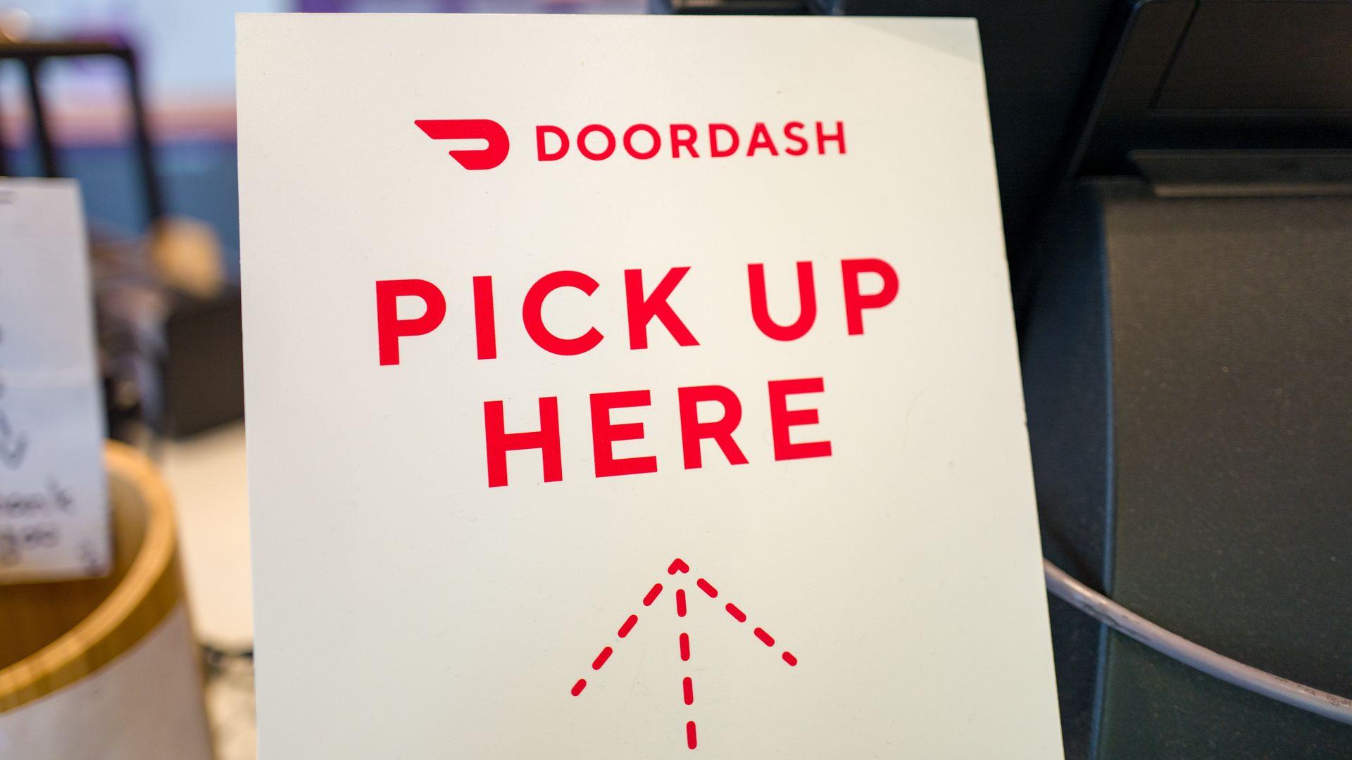 DoorDash to acquire food delivery rival Caviar - Axios