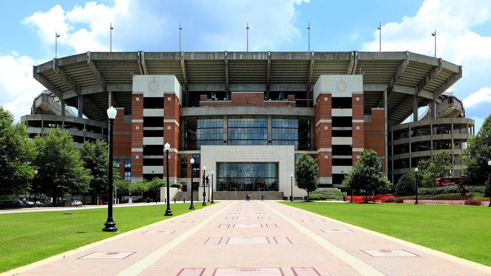 Alabama football stadium