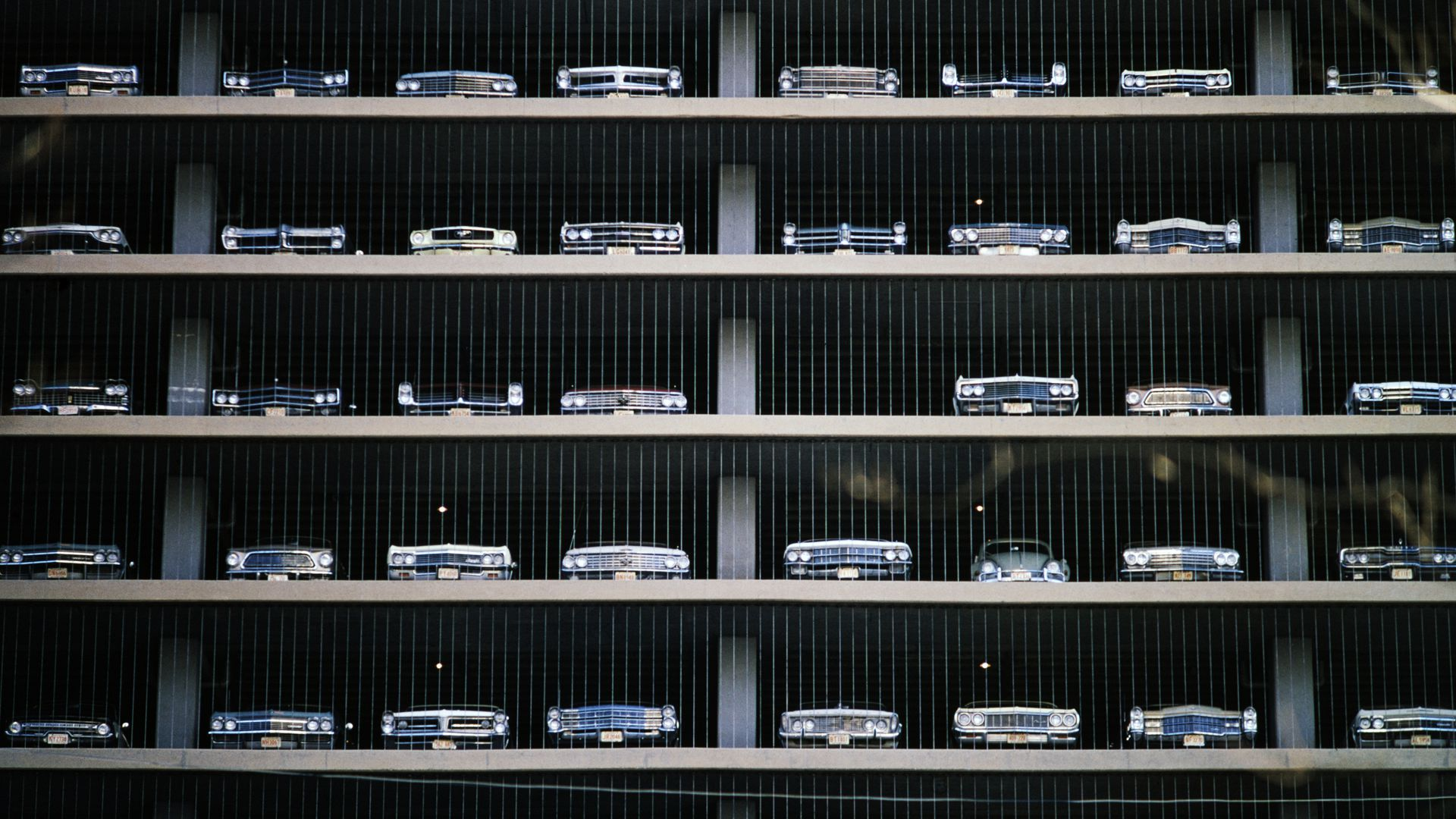 Side view of a parking garage in Chicago from October 1967.