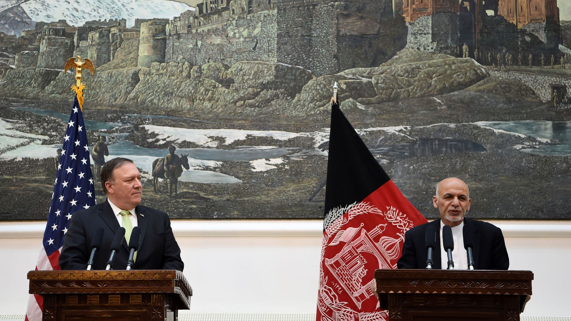 Afghan President Ashraf Ghani with Secretary of State Mike Pompeo