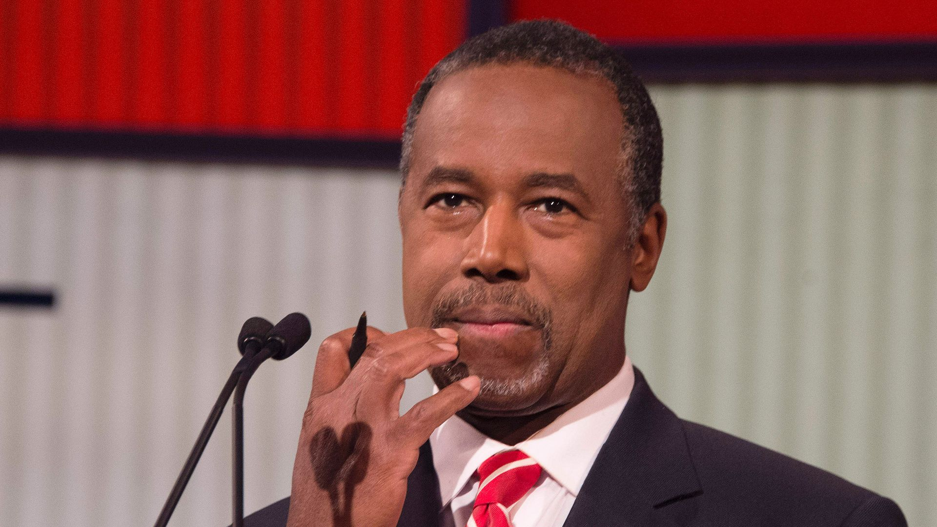 Carson has $31K dining set in his office, paid for by taxpayers